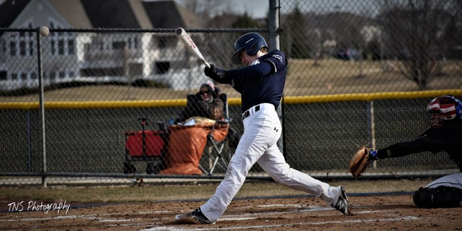 Varsity+baseball+team+on+a+path+to+success